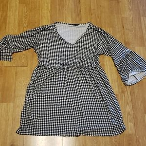 BooHoo b/w gingham mini dress sz 8